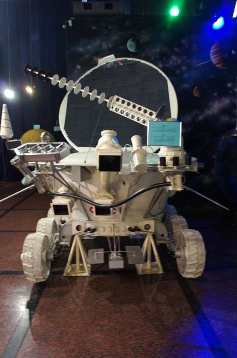 """Полностью созданный в Украине """"Луноход-2"""", который до сих пор ещё передаёт сигнал с Луны"""