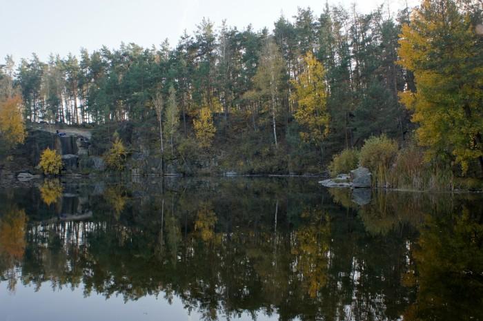 Взгляд на Коростышевское озеро-карьер перед отъездом